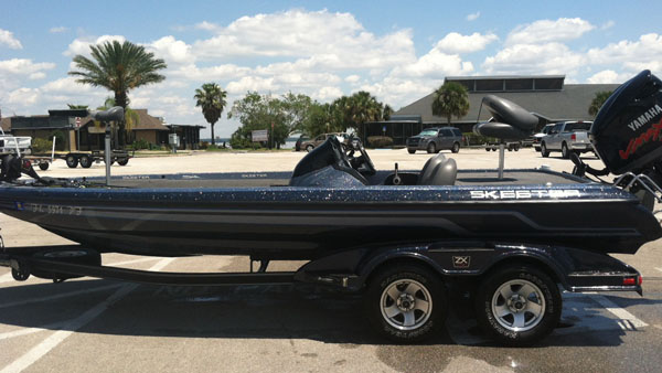 Skeeter Bass Boat used by Capt Eddie Bussard of Bass Challenger Guide Service