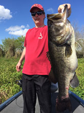 Huge Trophy largemouth caught while fishing with Bass Challenger Guide Service
