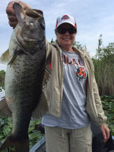 Dee from Ohio fishing with Eddie Bussard